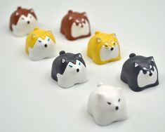 ★★★★★ Husky and Alaska dog keycaps ★★★★★ For Cross key caps (E.g: Cherry MX switches) If you are not sure if your keyboard is suitable, contact us anytime. (Determine if it fits your keyboard based on the last picture). Gundam Head, Alaska Dog, Cute Husky, Apollo Box, Key Caps, Glow Effect, White Cherries, Pet Dogs, Pets