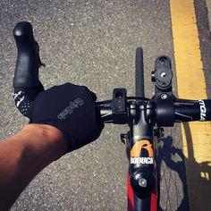 Roduck. Extreme character design. Emblem. Designed by doldol. #bike #road #roadbike #bi #ci #extreme #character #doldol #graphicer #sports #로드바이크 #로드자전거 #로고 #심볼 #로덕 #캐릭터디자인 #그래피커 #돌돌디자인 #자전거