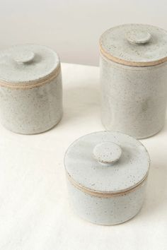 Medium Lidded Canister Medium canister with lid Speckled glaze with rough edges Versatile piece that can be used just about anywhere in your home All items are hand made, so slight variations will occur H X D Made in California Designer: BD Pottery Slab Pottery, Pottery Plates, Pottery Mugs, Ceramic Pottery, Ceramic Jars, Stoneware Clay, Earthenware, Keramik Design, Pottery Supplies