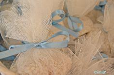Arroz en tul para boda Wedding Rice, Diy Wedding, Wedding Ideas, Modern Design, Tulle, Ideas Para, Bbc, Weddings, Rain Fall
