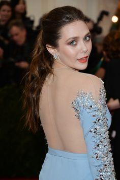 Elizabeth Chase Olsen, Elizabeth Olsen Scarlet Witch, Godzilla, Olsen Sister, Olsen Twins, Emily Bett Rickards, Hollywood Star, Celebs, Celebrities