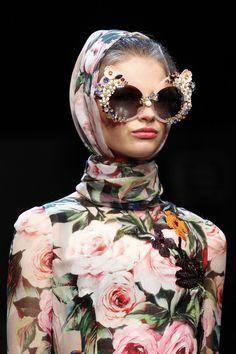Details from Dolce & Gabbana Spring 2016.  Milan Fashion Week.