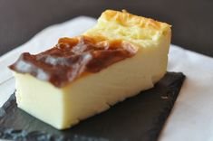 Made in Belgium / flan Flan Nature, Cooking Chef, Cooking Recipes, French Macaroon Recipes, Easy Desserts, Dessert Recipes, Flan Cake, Mousse, Food Network Recipes