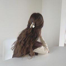 Hair Inspo, Hair Inspiration, Jolie Photo, Aesthetic Hair, Dream Hair, Ulzzang Girl, Hair Looks, Cute Hairstyles, Hair Clips