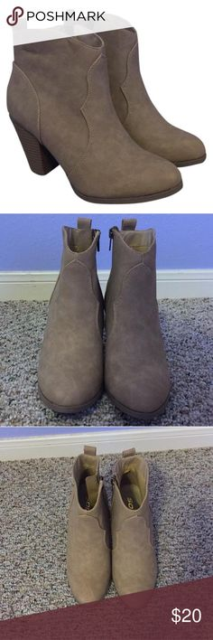 Wet Seal Tan boots new, never worn boots Wet Seal Shoes Ankle Boots & Booties