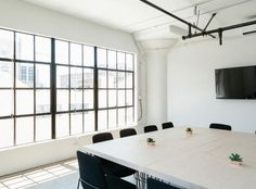 Here's a guide to finding and building out a creative office space in the nation's creative capitals, and across the country. Interior Modern, Interior Design, Interior Decorating, Creative Office Space, Office Spaces, Residential Architect, Coworking Space, Commercial Design, Ceiling Design