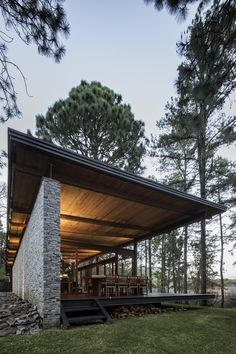 Tropical Architecture, Modern Architecture, Steel Frame House, Hillside House, Forest House, Prefab Homes, House In The Woods, Modern House Design, House Plans