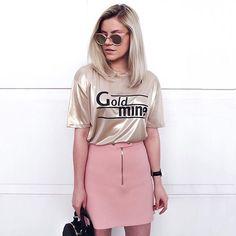 T-shirt + saia.