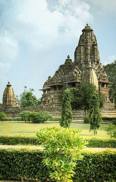 KHAJURAHO: Khajuraho Temples ~ Madhya Pradesh, India [photo by Anna Marija Bulka, Burton-on-Trent, Birmingham, England]. Places Around The World, Oh The Places You'll Go, Travel Around The World, Places To Travel, Places To Visit, Amazing India, Amazing Pics, You're Awesome, Varanasi