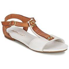 Sandalias marrón con blanco
