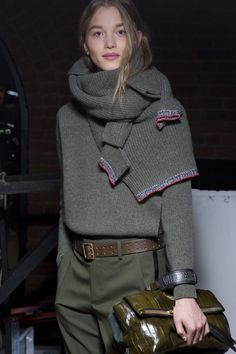 Outfit Ideas Zadig & Voltaire Fall 2019 Fashion Show Back. - Outfit Ideas Zadig & Voltaire Fall 2019 Fashion Show Backstage Fashion Mode, Daily Fashion, Runway Fashion, Fashion Trends, Fashion Ideas, Fashion Tips, Knit Fashion, Look Fashion, Fashion Show