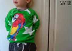 Handpainted Parrot-shirt By Suvitus Hoodies, Sweatshirts, Parrot, Hand Painted, Unique, Sweaters, Handmade, Crafts, Fashion