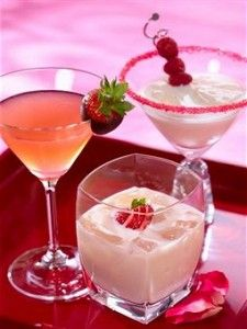 ~~~Valentines Day Cocktails~~~       http://mygloss.com/yum/beverages/valentines-day-recipes-sexy-cocktails/