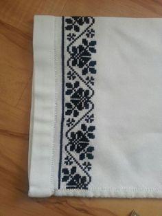 MP663 Cross Stitch Borders, Cross Stitch Rose, Stitch 2, Cross Stitch Charts, Cross Stitch Patterns, Embroidery Art, Cross Stitch Embroidery, Embroidery Designs, Palestinian Embroidery