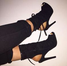 Wheretoget - Peep-toe high-heeled black ankle boots