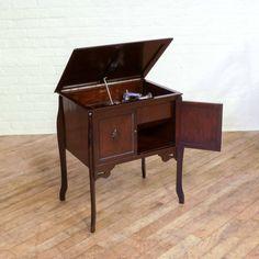 Vintage Windup Gramophone http://witchantiques.com/vintage-dark-oak-windup-gramophone.html