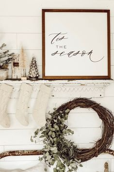96 incredible rustic farmhouse christmas decoration ideas page 4 Christmas Time Is Here, Merry Little Christmas, Christmas Signs, Rustic Christmas, Winter Christmas, Christmas Home, Christmas Wreaths, Christmas Crafts, Christmas 2019