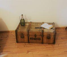 Vintage Koffer - Uralter Überseekoffer Patina   (90cmx55cmx36cm ) - ein Designerstück von Pfaennle bei DaWanda Suitcase Table, Storage Chest, Decorative Boxes, Etsy, Home Decor, Tangier, Vintage Suitcases, Timber Mouldings, Gift Cards