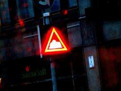 Satu Ylavaara CV: Uusi kaamos saapui. Neonvaloja ja industraaleja tiloja matkalla Jätkäsaareen Satu, Dark Winter, Neon Signs, Lights, Lighting, Rope Lighting, Candles, Lanterns, Lamps