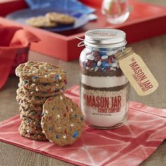 The Mason Jar Cookie Company shows its support with this patriotic, all-natural cookie mix that's hand-layered and packed by disabled U.S. veterans. Just add fresh dairy to bake up a quick batch of delicious cookies that you and the kids can decorate with the accompanying chocolate candies and star decorations in good old red, white and blue.
