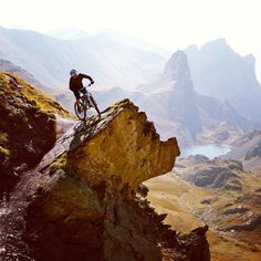 Yeti Cycles. French Alps.