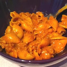 """""""vegan hamburger helper from scratch! another recipe I made up using pantry leftovers :) MIX in one pot: as much tempeh as you want (you can also use the pre-packed veggie ground round if you like it) / 1 cup water / 2 cups soy milk / 1.5 cups mac (or shells!) / 1 tbsp cornstarch / your choice of seasonings, I used: 1 tbsp chilli power / 1 tsp garlic powder / 1 tsp salt / 1 tsp sugar / 1/2 tsp paprika / 1/2 tsp cumin / 1/2 tsp onion powder / bring to a boil, then simmer 12ish minutes! EASY!"""""""