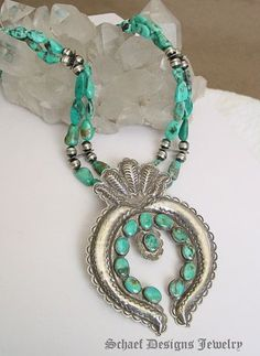 Royston turquoise nugget squash blossom naja necklace, Schaef Designs, New Mexico. Turquoise Jewelry, Silver Jewelry, Vintage Jewelry, Sterling Jewelry, Silver Rings, Sterling Silver, Collar Hippie, Southwest Jewelry, Southwest Style