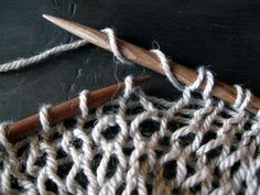 Clothes Hanger, Bobby Pins, Hair Accessories, Knitting, Diy, Coat Hanger, Tricot, Bricolage, Clothes Hangers