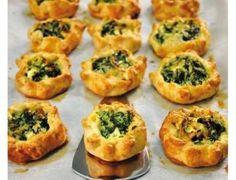 Oldukça kolay ve pratik bir atıştırmalık olan ıspanaklı milföy, kahvaltıların vazgeçilmezi olacak bir tarif...