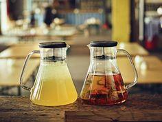 Infuzor ceai Dancing Leaf Black, QDO, 1,2 L #homedecor #interiordesign #tea #juice French Press, Sugar Bowl, Bowl Set, Kettle, Coffee Maker, Leaves, Dance, Black, Home Decor