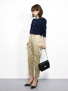好印象を与える!パート・アルバイト面接で主婦が着て行く服装29選 | サンキュ! Japanese Outfits, Japanese Fashion, Asian Fashion, Office Fashion, Work Fashion, Fashion Looks, Office Outfits Women, Summer Work Outfits, Fashion For Women Over 40