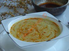 Körili Tavuk Çorbası Resimli Tarifi - Yemek Tarifleri Soup Starter, Curry, Iftar, Bon Appetit, Cheeseburger Chowder, Hummus, Pistachio, Recipies, Food And Drink
