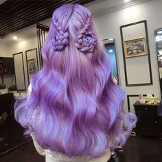 Gorgeous lavender hair color featuring the work of - Hairstyles Lavender Hair Colors, Bright Hair Colors, Purple Hair, Hair Goals Color, Cool Hair Color, Best Hair Dye, Dye My Hair, Pretty Hairstyles, Braided Hairstyles