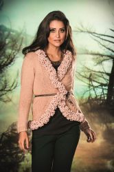 Saco con lana Romance y Mollet (Nevialan) Elige tu lana en Atika, sugerimos que utilices lana Nevilan  o Mollet. Disponible en varios colores. www.facebook.com/atika.bolivia