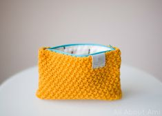 DIY Crocheted Star Stitch Pouch