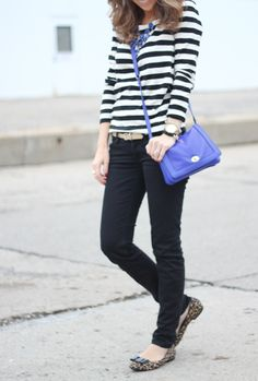 love the mixing of patterns and the pop of color in the bag