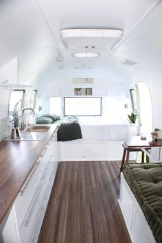 FOR SALE ✱ We've waited a long time for this moment! Mattox the Airstream is for sale! She is exquisite & waiting for you! Click the link… Airstream Living, Airstream Campers, Airstream Remodel, Airstream Interior, Vintage Airstream, Remodeled Campers, Airstream Decor, Airstream Land Yacht, Airstream Flying Cloud