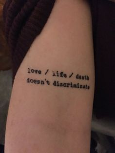 Obsessed with this Hamilton musical tattoo. Love / life / death doesn't discriminate