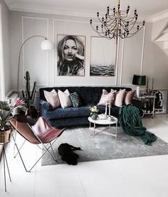 Room Interiors That Will Inspire Your Next Redecoration // I constantly look to sites like WeHeartIt to get inspired, particularly when it comes to interior design and home decor. Below are 12 images that I know will inspire your next redecoration. Bohemian Living Rooms, Home Living Room, Interior Design Living Room, Living Room Designs, Living Room Decor, Bedroom Decor, Modern Interior, Living Room Inspiration, Home Decor Inspiration