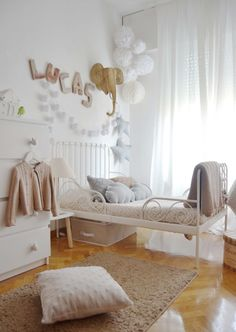 Well decorated bed room for baby nursery. Ikea Toddler Bed, Toddler Rooms, Baby Bedroom, Girls Bedroom, Bedroom Decor, Nursery Decor, Ikea Minnen Bed, Bed Ikea, Kids Room Design