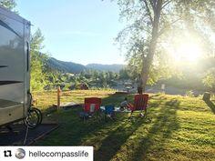 Repost @hellocompasslife  The best backyard I've ever had!! #rvlife #ditchingsuburbia #summernights #rvliving #newadventures #backyard #view #beautiful