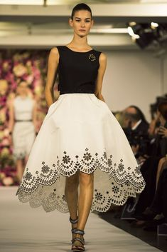 Scallop on skirt