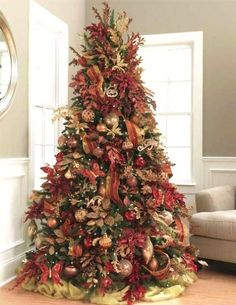 classic chic home 20 beautifully decorated christmas trees - Professionally Decorated Christmas Trees Pictures