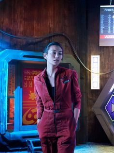 "Florence Faivre as Julie Mao on SyFy Channel's ""The Expanse"" Florence Faivre, The Expanse Tv, Fantasy Tv, Sci Fi Shows, Sci Fi Series, Animation, Badass Women, Shadowrun, Movies"