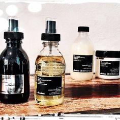 Los mejores productos a la venta en nuestra recepcion. Harmony Salon en Cancun. 884 9289