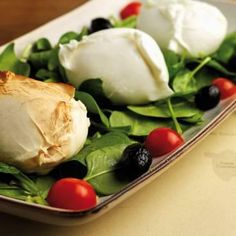 Obika Mozzarella Bar, another favorite in Rome - Italy - Food Parmesan, Rome Restaurants, White Lasagna, Lunch Buffet, Great Recipes, Entrees, Good Food, Brunch, Food And Drink