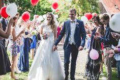 Luftballons zur Begrüßung des Brautpaares