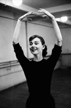 1956 .