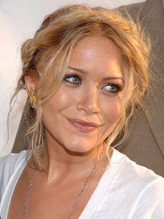 Now You Can Get a Milkmaid Braid Just Like the Olsen Twins Wear 'Em