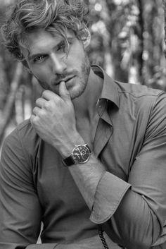 Male Models Poses, Boy Models, Blonde Male Models, Portrait Photography Men, Photography Poses For Men, Men Portrait, Beautiful Men Faces, Gorgeous Men, Hot Men